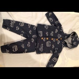 Matching top and bottom 12month baby boy outfit.